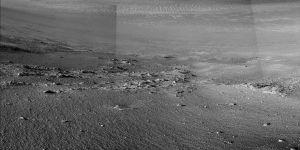 Opportunity, Mars yüzeyinde taş şeritler keşfetti