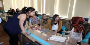 Öğretmenlere otizm eğitimi semineri veriliyor