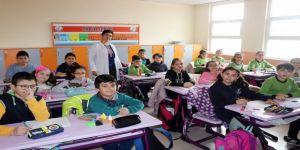 Öğrenciler Afrin'deki Mehmetçik için mektup yazdı