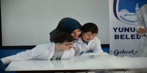 Özel öğrenciler Bilim Şenliğini çok sevdi