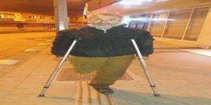 Sokakta yaşayan engelli vatandaşa Vali'den yardım eli