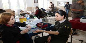 İl Jandarma Komutanlığı personelinden toplu kan bağışı