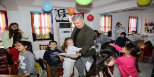 Başkan Sözen, Kreş ve Çocuk Kültür Merkezi'ni inceledi