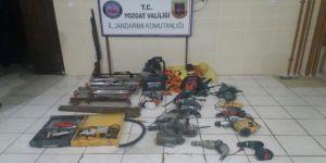 Elektrik panosu çalan hırsızlar yakalandı