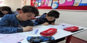 Yozgat Çözüm Koleji'nin bursluluk sınavı yoğun ilgi gördü