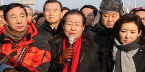 Güney Korelilerden Kim Yong Chol protestosu