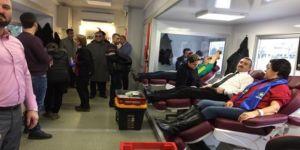 İYİ Parti'den kan bağışı