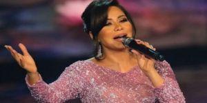 Ünlü şarkıcıya 6 ay hapis cezası!