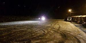 Fırtına ve kar yağışı hayatı olumsuz etkiliyor