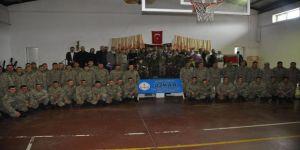 Özel Eğitim Uygulama Merkezi öğrencilerinden Mehmetçiğe moral desteği