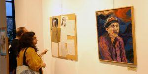 Kadın sergisi Zülfü Livaneli'de