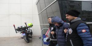 Kocaeli'de kapıları kırarak evleri soyan hırsızlardan 1'i tutuklandı