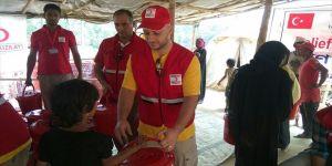 Şarkıcı Maher Zain, Arakanlı Müslümanları ziyaret etti