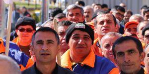 Bakan Sarıeroğlu'ndan işçilere müjde