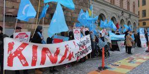 Uygurlardan Çin protestosu