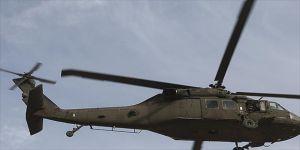Askerleri taşıyan helikopter düştü