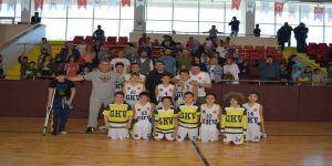 GKV Küçük Erkekler Basketbol Takımı Bölge Şampiyonu oldu