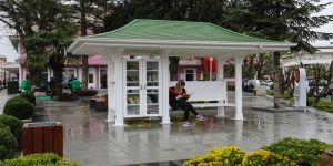 Parklara kütüphane hizmeti
