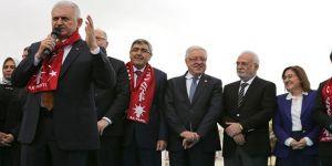 Başbakan Yıldırım'dan Başkan Şahin'e Övgü