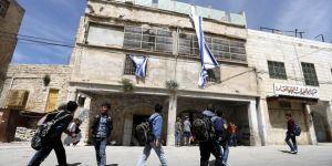 İsrail güçleri, Filistinlilere ait 2 evi işgal etti