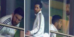 Messi, tribünü terk etti
