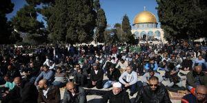 'Mescid-i Aksa'da yoğun katılımlı Cuma namazı' çağrısı
