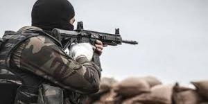 Güvenlik güçlerine saldıran 3 terörist öldürüldü
