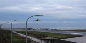Sabiha Gökçen Havalimanı on beş dakika uçuş trafiğine kapatıldı