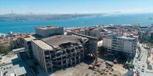 AKM'nin yıkımı bir ay içerisinde tamamlanacak