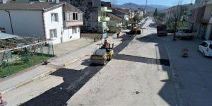 Her gün 90 ton sıcak asfalt seriliyor