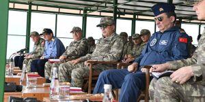 Genelkurmay Başkanı ve Komutanlar Gölcük'te