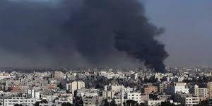 İsrail, Gazze'nin doğusunu bombaladı