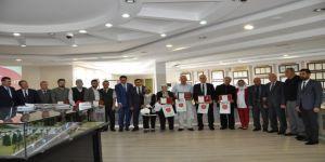 TSK'ya destek verenler madalya ve beratla onurlandırıldı
