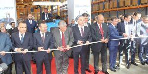 Bakan Özlü, Çayırova'da açılışa katıldı