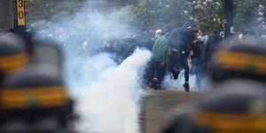Polis ile göstericiler arasında çatışma