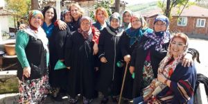 CHP'li kadınlardan Tepemanayır çıkarması!