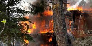Dağ evi cayır cayır yandı