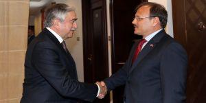 Çavuşoğlu, KKTC Cumhurbaşkanı ile görüştü