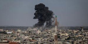 İsrail'den Gazze'ye saldırı: 4 yaralı