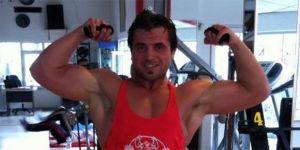 Vücut geliştirme sporcusu evinde ölü bulundu