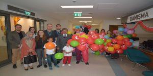 Şehir Hastanesi yönetimi minik hastalarını unutmadı