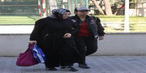 FETÖ'nün gaybubet evinde yakalanan hemşireye ev hapsi