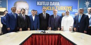 AK Partili vekiller 'adayız' dedi
