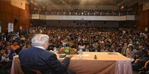 Prof. Dr. İlber Ortaylı'ya büyük ilgi
