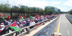 Binlerce kişi İsrail ve ABD'yi protesto etti