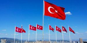 Dokuz şehidimizin anısına dokuz bayrak