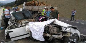 Bu otomobil 3 kişiye mezar oldu!