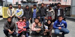 14 kaçak mülteci yakalandı