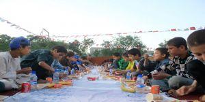 TİKA'dan Afganistanlı yetim çocuklara iftar