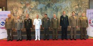 Genelkurmay Başkanı Akar, Sırbistan'da
